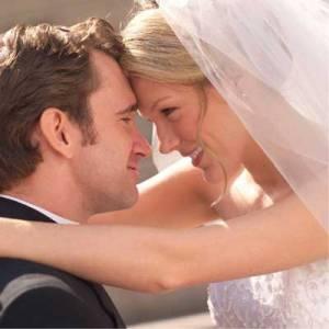 結婚的那天晚上,洞房時老公發現老婆是處女!超感動,不看你會後悔!