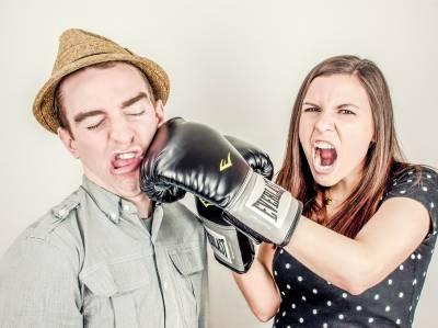 快要抓狂!情人為什麼老是拒絕溝通...感情中應該怎麼做才能讓自己過得更好...