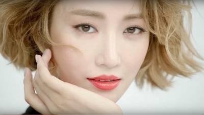 《她很漂亮》高俊熙用4種紅唇引領唇彩趨勢 性感 甜美可人的形象影片曝光了...