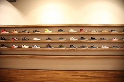 LOOKin時髦象限:別再說妳買不到!原來排隊神鞋全在這出沒~潮流 質感嚴選「風尚選品店」蒐羅 恰女生
