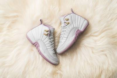 誰說Air Jordan是男性專屬?「柔霧薰紫」空降!唯美100 踏出門絕對秒殺底片~│恰女生