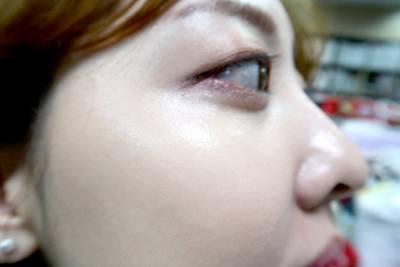 步步驚心IU的仙氣妝容破解!2個步驟,快學IU仙氣逼人的妝容畫法,完全恰到好處的光澤感...