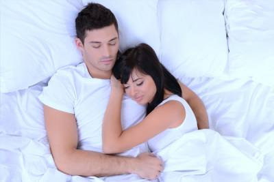 1477057223611 l - 11 Sleeping Position Psychology About Relationships