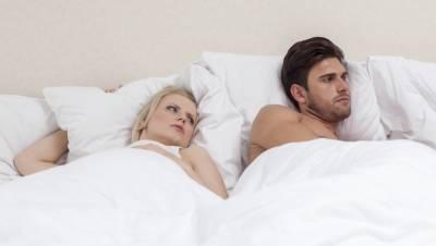 感情出現危機?這12個跡象將會告訴你,你的男人可能正在「劈腿」!