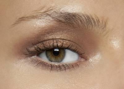眉毛左右不對稱也沒關係◎簡單畫出美人眉毛的方法