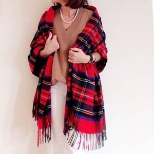 只要一項單品就能讓穿搭level up!6招教你喀什米爾格紋圍巾搭配法