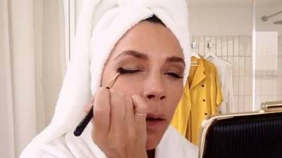 維多莉亞・貝克漢親自傳授♡職業女性的完美妝容「短時間化妝術」♪