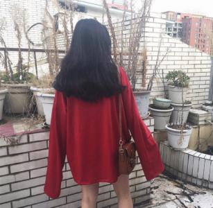 炫雅 孔布利都在穿~今年秋冬大勢「伸手不見五指」你想挑戰看看嗎?