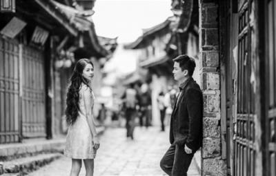 最美士官長劉香慈與永信高層老公絕美婚照曝光