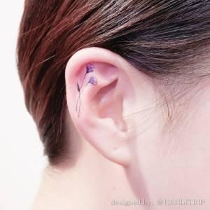 就是喜歡這種隱隱約約的神祕感!最潮的刺青新部位紋到「耳朵」啦
