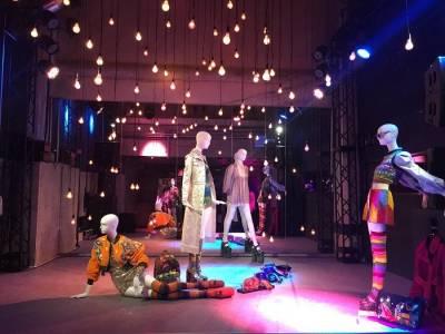 MARC JACOBS 東京發表會神祕地下舞廳曝光