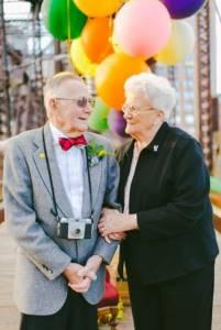 老倆口遲了61年的結婚照