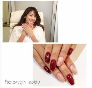 簡單時髦!別塗滿,原來「紅色光療」可以那麼美!