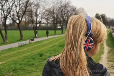 屬於你的情歌是哪首?你有沒有因為一個人,愛上一首歌?那些因為歌想到的某些事...超共鳴...