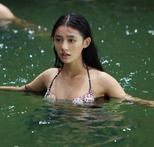 明星泳裝素顏出水照曝光!范冰冰 楊冪超豐滿...「最後一位」一定有E罩杯啊!