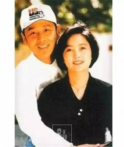 結婚35年從未吵過架,男人最大的成功是20年後身邊還站著同一個女人!