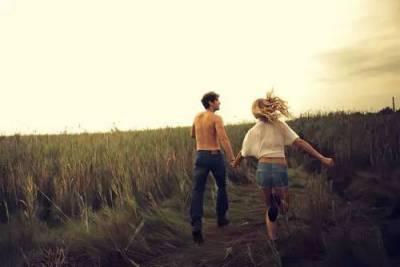 男人心在哪裡,錢便在哪裡!女人記住,不肯為你花錢的男人,他絕對不愛你