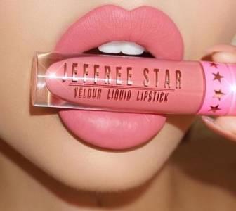 唇妝控必看!這些「錯誤習慣」會讓妳的唇色越塗越暗沉!
