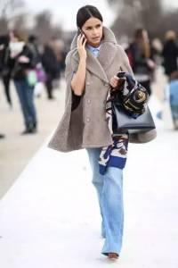 她已經57歲了,可是全世界的女人都在學她穿衣服!