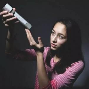 她是北美anglebaby,19歲就入選福布斯青年榜,說出的學習秘訣竟是...