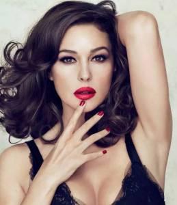 范冰冰視她為女神,52歲全裸演床戲,不打玻尿酸不節食!她說:性感是每個女人的天性!