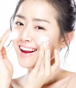 卸妝是保養第一步!正確清潔還你「咕溜」素顏肌