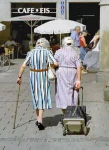 閨蜜,等我們老了,就這樣過吧!