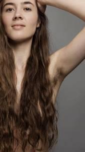 她是個超漂亮的女人,但當她脫下衣服後,網路上的人卻開始唾罵「她的身體真的很噁心」!