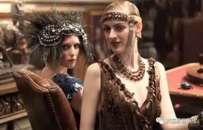「瘦就是美」觀念退下!只有永遠在變的潮流。400年來人們心中女性最美的身材,是這樣的!