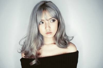 專業髮型師解密:2017年髮型趨勢,_____色是春夏大勢!