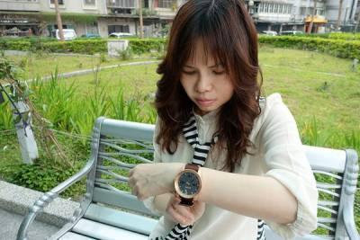 NIXON手錶,大錶徑 專業級防水的中性潮流時尚錶,男女皆可戴的皮帶 鋼錶帶運動錶,生日及情人節禮物推薦