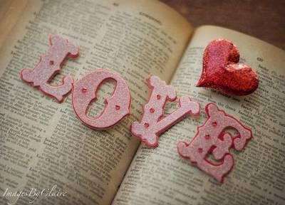 每一個不懂愛旳人,都會遇到一個懂愛的人。