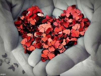 總有一個人,一直住在心裡,卻告別在生活裡…
