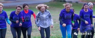 今天,女人能參加馬拉松,真的離不開當年她那驚世一跑...