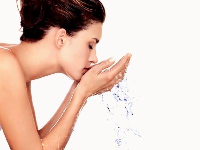 你也是敏感性肌膚的人嗎 當心!有這些問題發現就該即早做好肌膚的保養。