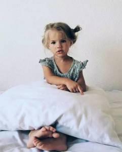 這個俄羅斯的小女孩沒有生在皇室,卻活成公主的模樣 