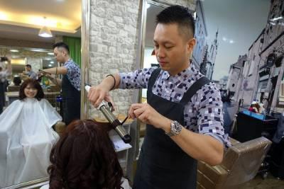 新莊髮廊-新莊染髮燙髮護髮剪髮推薦,VALOR放樂創意沙龍專業舒適,以新北市的消費享受台北東區的美髮品質