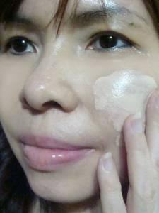AVIVA水潤保濕防曬霜SPF50+PA+++,防曬潤色一整天自然服貼,流汗也能維持清爽不黏膩的好用防曬品
