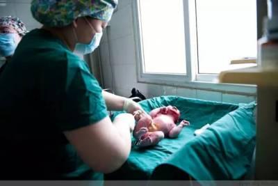 100張剖腹產全過程照片 看哭數萬媽媽!