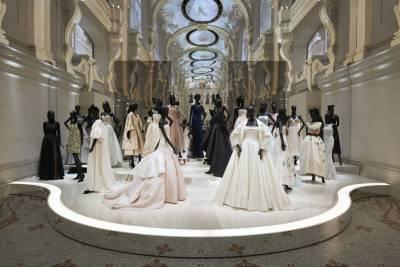 群星齊聚慶Dior 70大壽!重回50年代的經典
