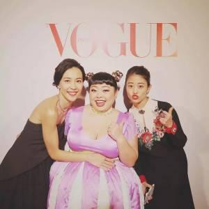 體重117公斤,身高157cm,日本這位IG排名第一的時尚博主告訴你,矮胖一樣可以自信穿搭和化妝!