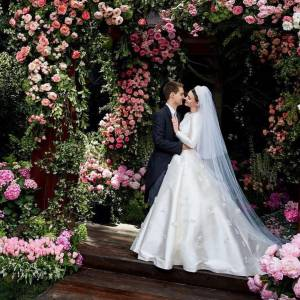 超模Miranda Kerr婚紗照終於曝光!原來出自Dior創意總監Maria Grazia Chiuri之手