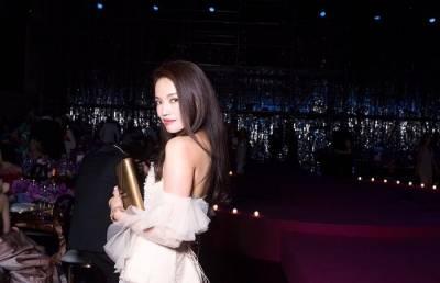 女神舒淇 威尼斯頂級珠寶慶典穿著的高訂禮服來自華人設計師……