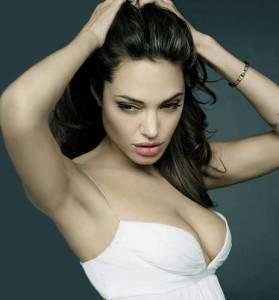 為什麼大胸女人都不喜歡戴胸罩?看了你就知道了!