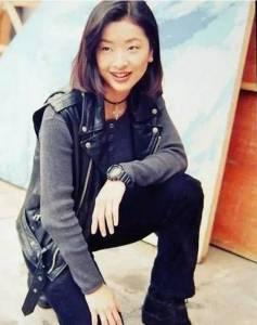 她曾暗戀林志穎,相貌平平,被嘲又土又敗家,卻讓陳奕迅寵了21年,43歲竟和20歲一樣美!