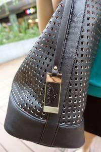 BAGGLY CO平價流行女包,網購包包推薦,質感 耐用的時尚配件,用平實價格買精品質感美包