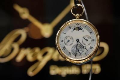【錶壇焦點】機刻雕花為何物?走一趟寶璣專賣店就知道