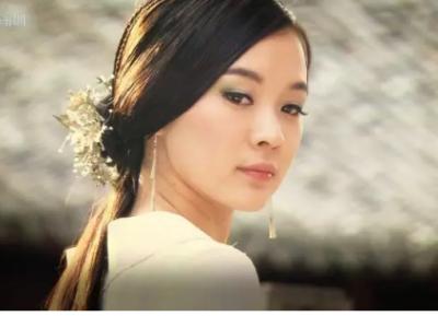 和李晨有一腿,還能被范冰冰視作閨蜜的女星恐怕只有她了!!!