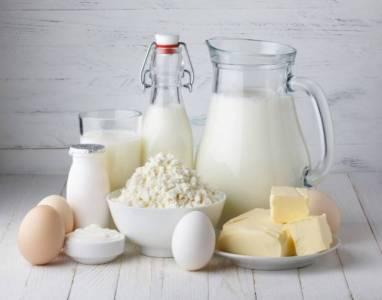 常喝牛奶的女人和常喝豆漿的女人,真的差很多!