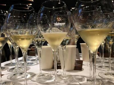 【玩錶生活】從小農香檳到獨立製錶師,現代富豪追求什麼樣的奢侈品?